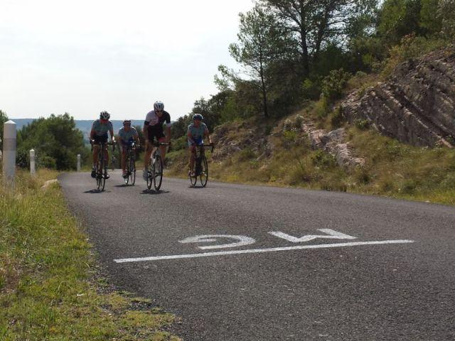 cyclistes en Cévennes