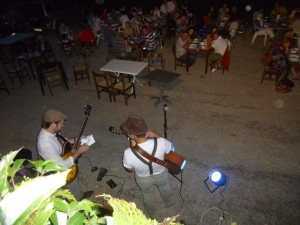 Evening concert at Mouretou