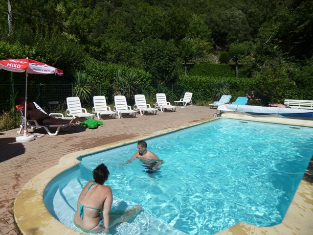 piscine du camping en Cévennes