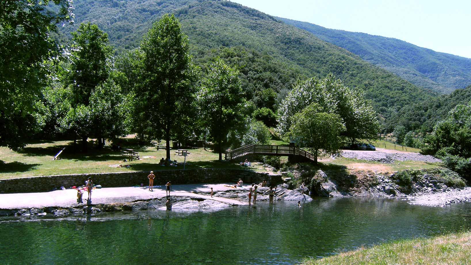 plan d'eau du mouretou baignade herault mont aigoual