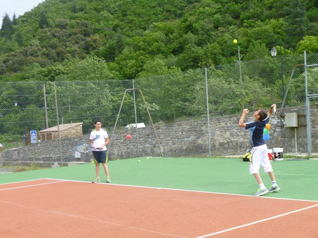 Cours de tennis à Valleraugue